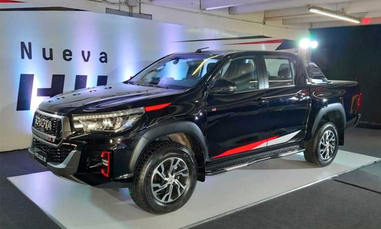 ดีไซน์ Toyota Hilux V6 GR Sport