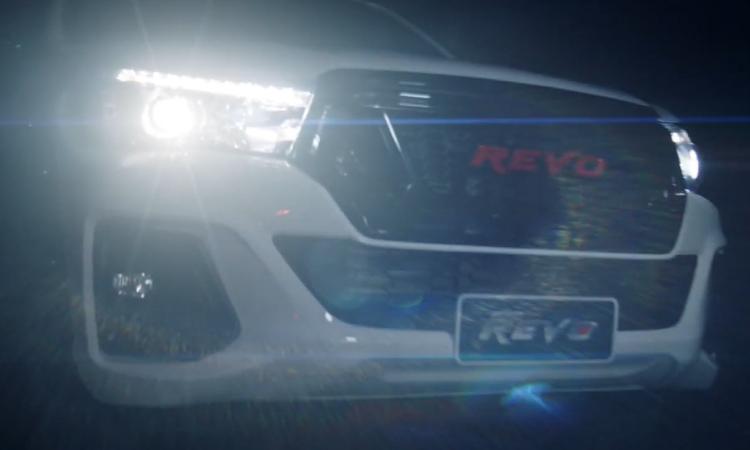 ดีไซน์ไฟหน้า Toyota Hilux Revo