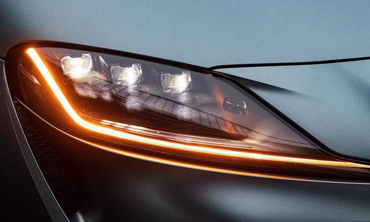 ดีไซน์ไฟหน้า All NEW Toyota GR Supra