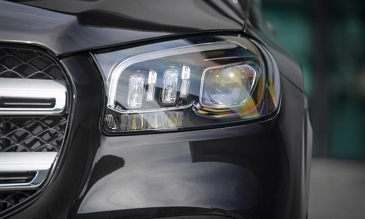 ดีไซน์ไฟหน้า Mercedes-Benz GLS 350d 4MATIC