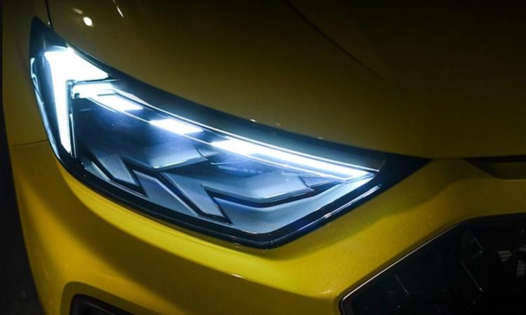 ไฟหน้า Audi A1 Sportback