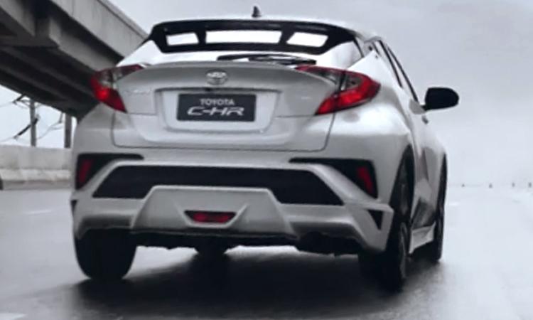 หลัง Toyota C-HR NURBURGRING Edition