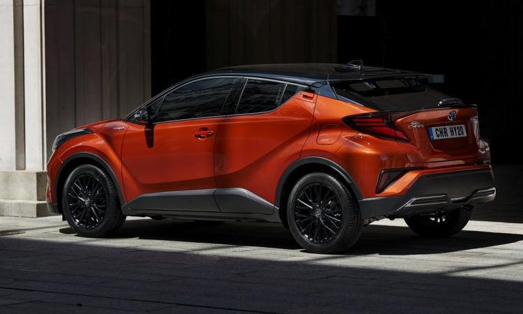 รอบคัน Toyota C-HR Orange Edition