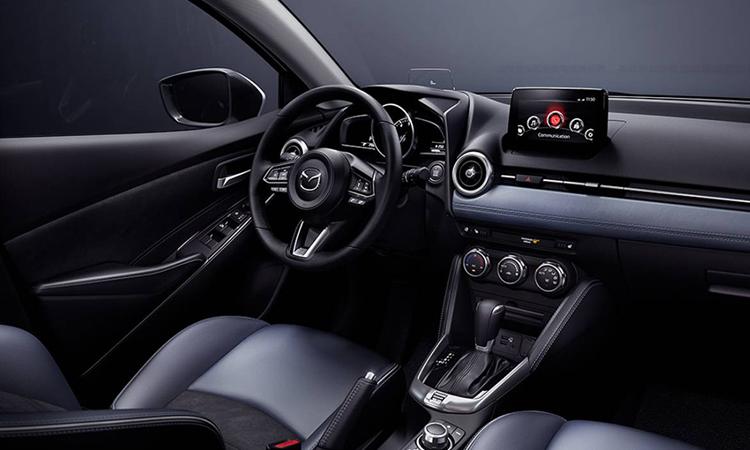 ภายใน New Mazda 2 Sedan