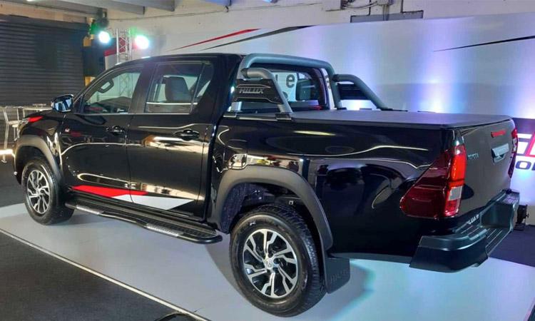 การออกแบบ Toyota Hilux V6 GR Sport