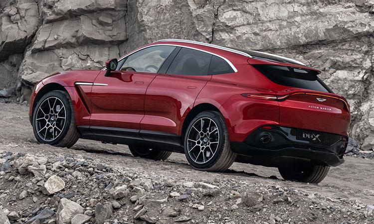 การออกแบบ Aston Martin DBX 2021