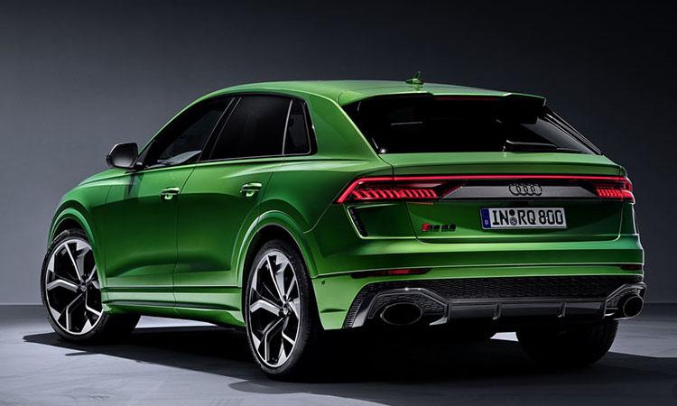 ด้านหลัง Audi RS Q8