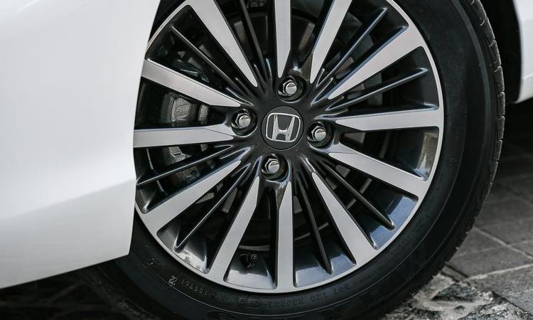 ล้อ Honda City 1.0 TURBO CVT