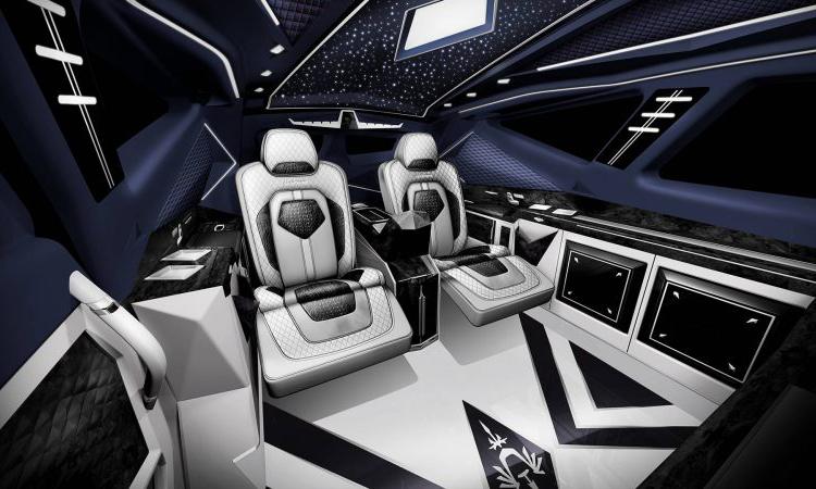 ดีไซน์ภายใน Karlmann King SUV