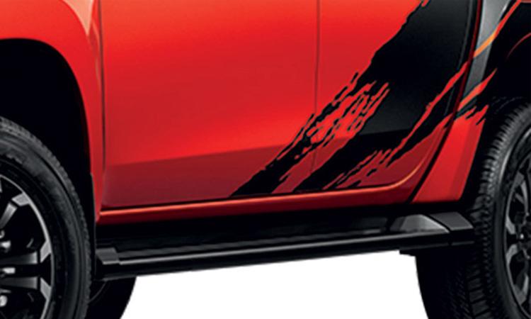 ด้านข้าง Mitsubishi Triton ATHLETE