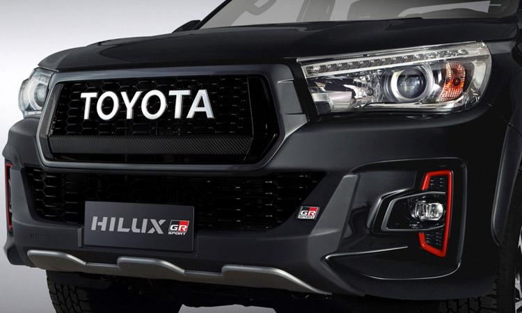 ดีไซน์กระจังหน้า Toyota Hilux V6 GR Sport