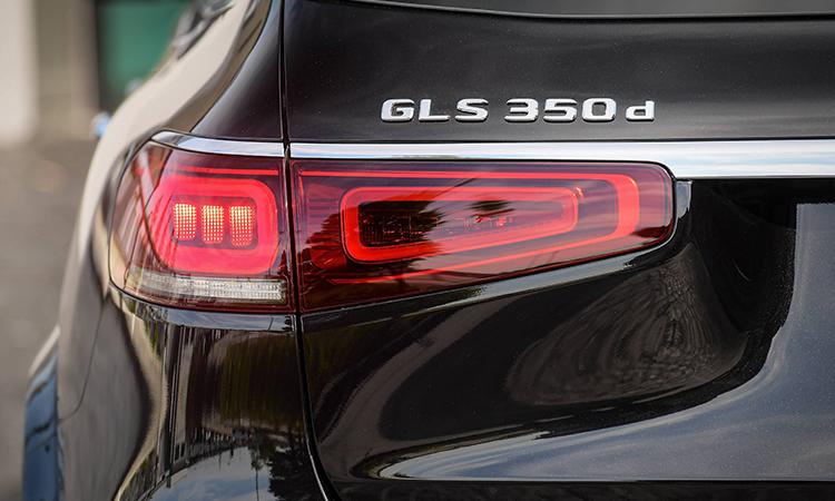 ดีไซน์ไฟท้าย Mercedes-Benz GLS 350d 4MATIC