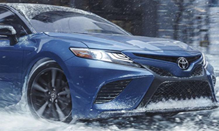 ดีไซน์ด้านหน้า Toyota Camry Avalon