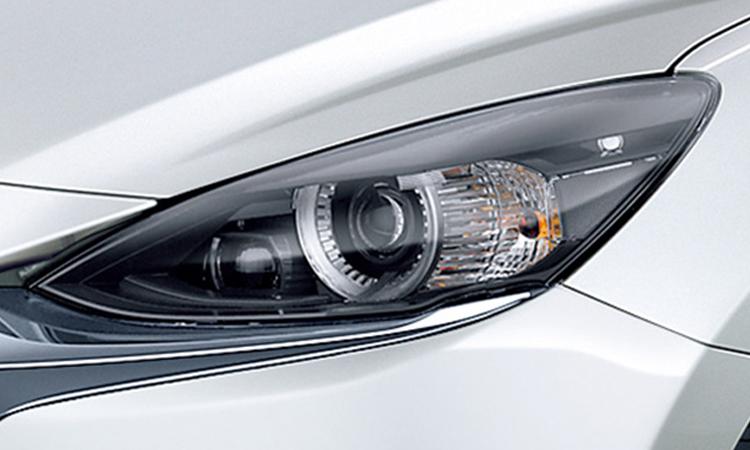 ไฟหน้า Mazda 2 Minorchange