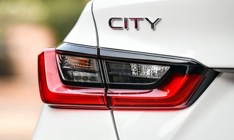 ไฟท้าย Honda City 1.0 TURBO CVT
