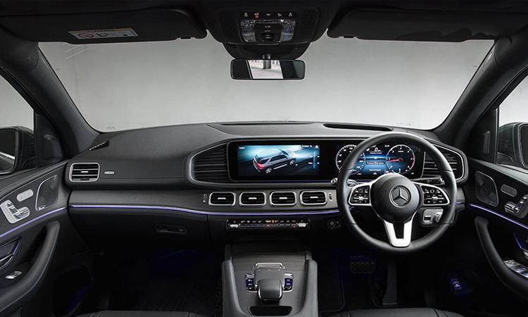 ภายใน Mercedes-Benz GLE 300d 4MATIC