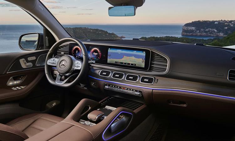 ภายใน Mercedes-Benz GLS 350d 4MATIC SUV