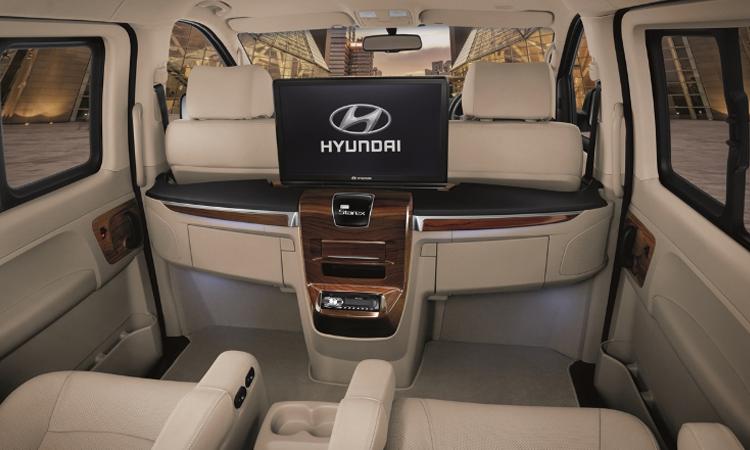 จอผู้โดยสาร Hyundai H-1