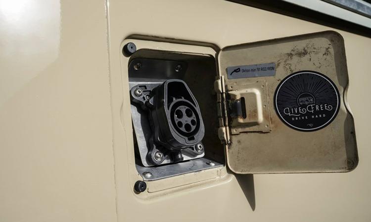 ที่ชาร์จไฟ Volkswagen Type 2 Bus 1972 EV 100%