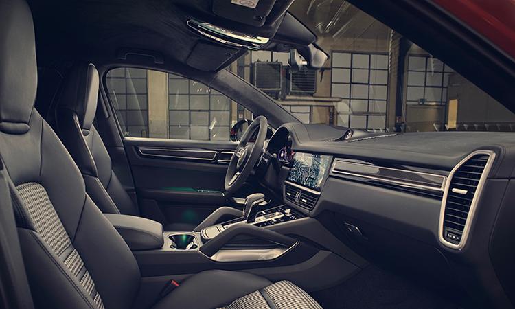 เบาะนั่ง Porsche Cayenne e-hybrid Coupe