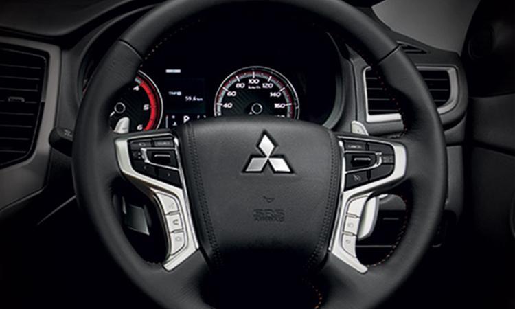 ภายใน Mitsubishi Triton ATHLETE