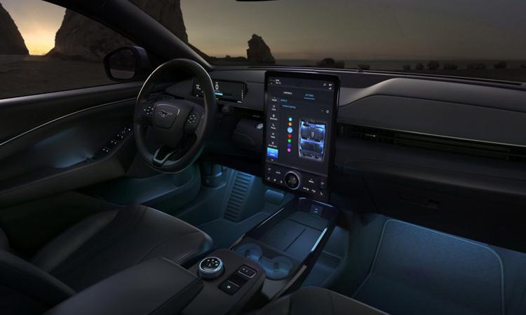ดีไซน์ภายใน Ford Mustang Mach-E