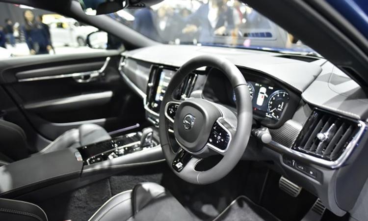 ภายใน Volvo V60 T8