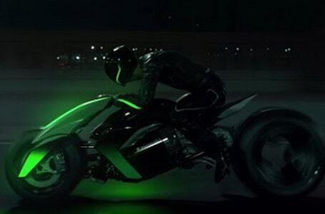 Kawasaki ส่งสิทธิบัตรใหม่ ท้ารบกับ Yamaha Niken