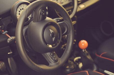 MINI รถยนต์ที่ได้รับความนิยม กำลังจะนำเกียร์แบบแมนนวลกลับมาใช้งานที่อเมริกา