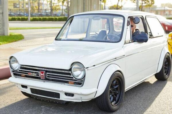 Honda N600 รถยนต์ที่ใช้โครงสร้างตัวรถในยุค 70