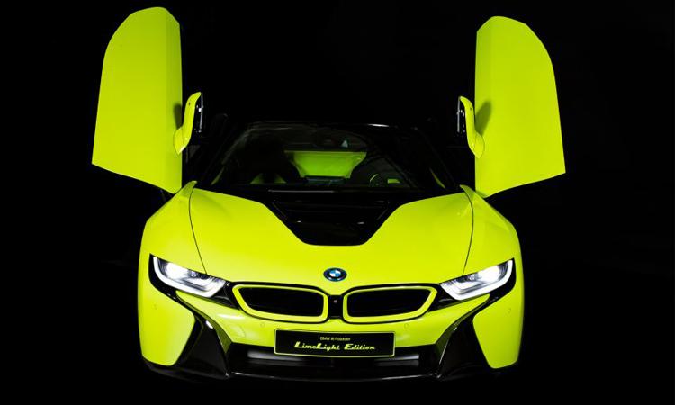 BMW i8 Roadster LimeLight Edition รุ่นพิเศษ สีเขียวมะนาวสุดจี๊ด