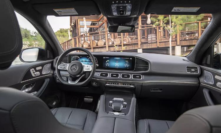ดีไซน์ภายใน Mercedes-Benz GLE 300 d 4MATIC AMG Dynamic