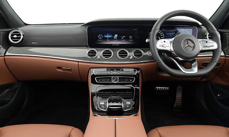 ดีไซน์ด้านใน Mercedes-Benz E 300e Plug-in Hybrid