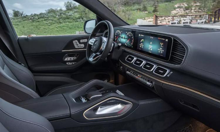 ด้านใน Mercedes-Benz GLE 300 d 4MATIC AMG Dynamic
