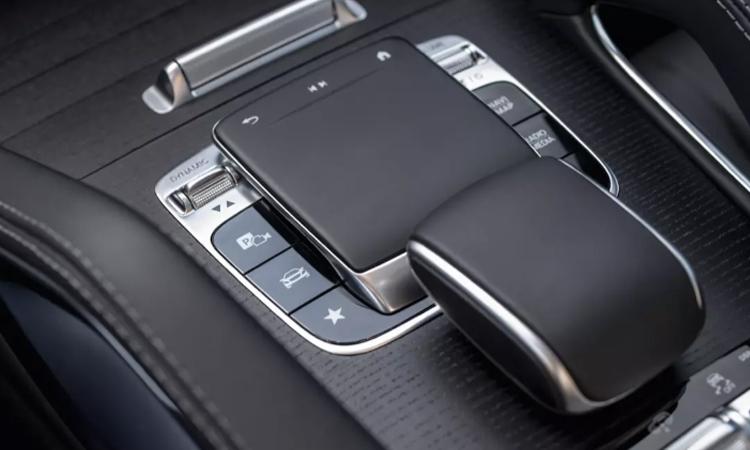 ปุ่มควบคุม Mercedes-Benz GLE 300 d 4MATIC AMG Dynamic