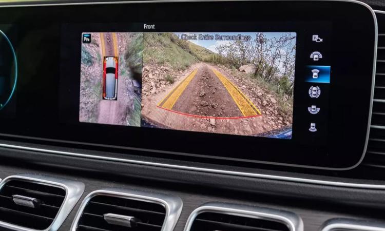 กล้องรอบคัน Mercedes-Benz GLE 300 d 4MATIC AMG Dynamic