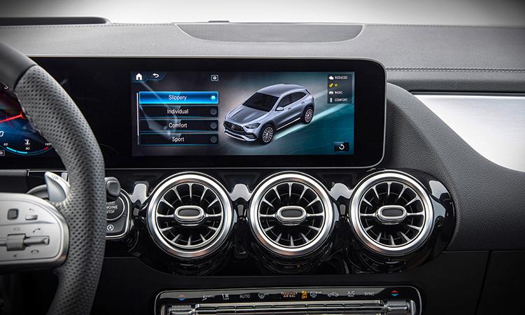 ดีไซนืช่องแอรื All NEW Mercedes-Benz GLA-Class