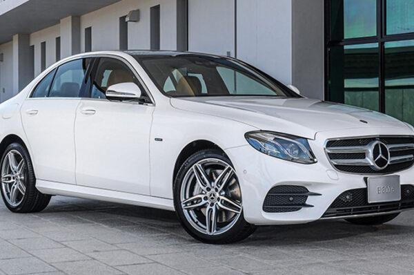 Mercedes-Benz E 300e Plug-in Hybrid ราคา 3,190,000 – 3,770,000 บาท (ประกอบในประเทศ)