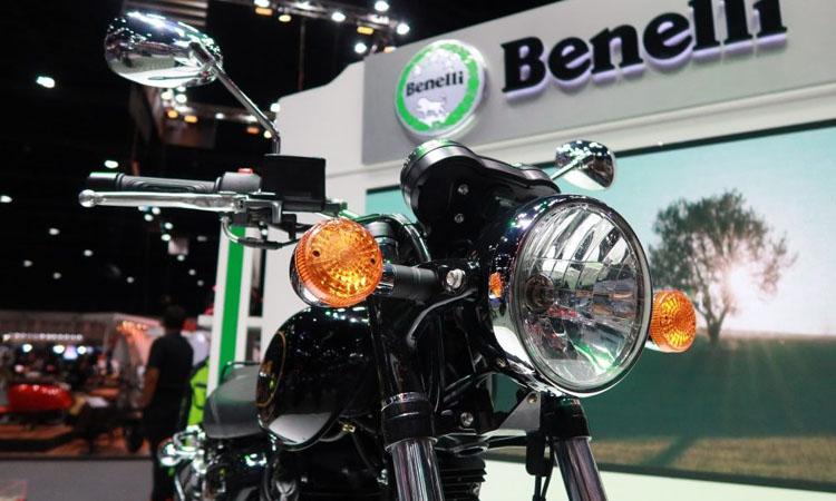 ดีไซน์ไฟหน้า Benelli Imperiale 400