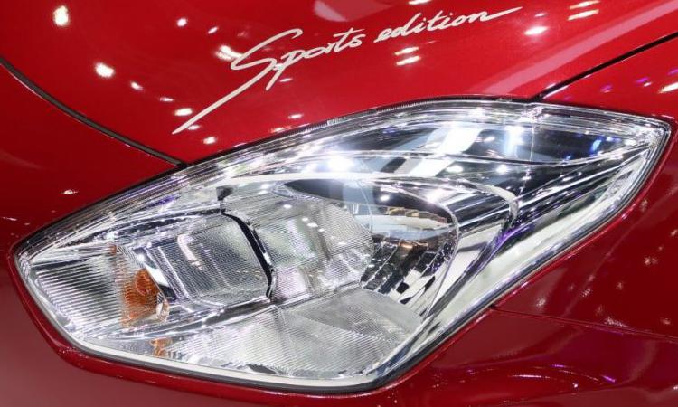ไฟหน้า Suzuki Swift GL Sport Edition