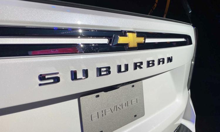 ดีไซน์ด้านหลัง Chevrolet Suburban 2020