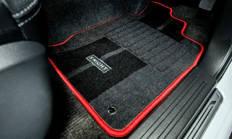 พรม Mitsubishi Triton Knight Limited Edition