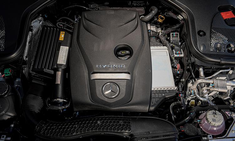 เครื่องยนต์ Mercedes-Benz E 300e Plug-in Hybrid