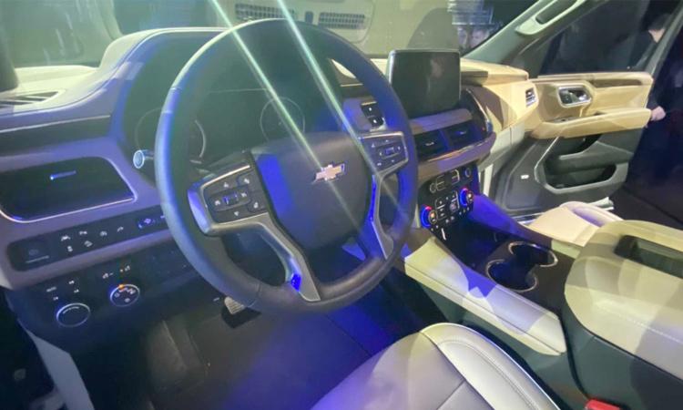 ด้านใน Chevrolet Suburban 2020