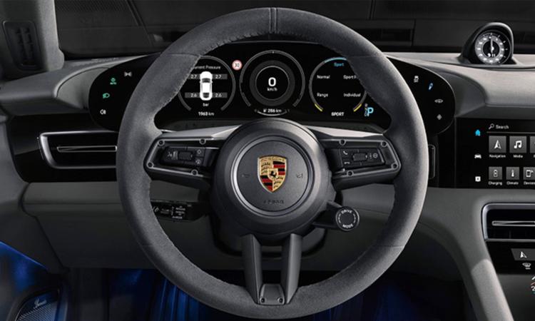 พวงมาลัย Porsche X Star Wars