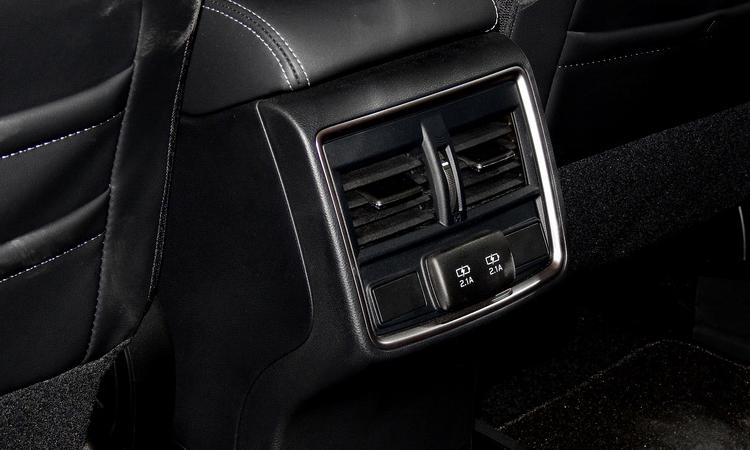 แอร์ด้านหลัง Subaru Forester 2.0 AWD