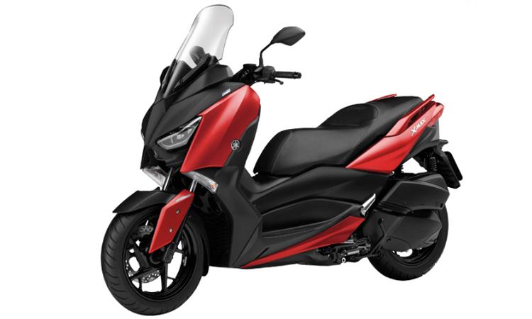 Yamaha XMAX 300 สีแดง