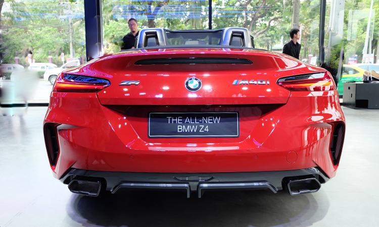 ดีไซน์ด้านหลัง BMW Z4 M40i