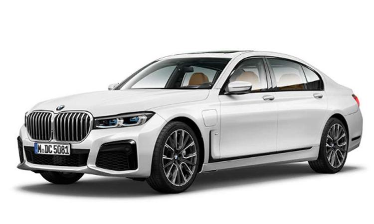 BMW 745Le xDrive M Sport สีขาว Mineral White