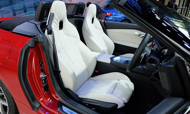 ดีไซน์เบาะ BMW Z4 M40i